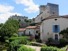The castle of Bourdeilles (Dordogne) (Sokleine) Tags: castle château burg middleages medieval fortress village monumenthistorique architecture oldstones bourdeilles brantome dordogne aquitaine france frenchheritage