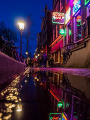 A0153224 (rpajrpaj) Tags: amsterdam city netherlands nederland nederlandvandaag bluehour thebluehour street streetphotography