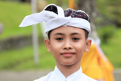 Jeune Balinais. (jmboyer) Tags: ba163 ©jmboyer bali indonesie portrait indonésie asie asia travel canon géo