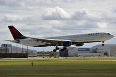 "Delta Air Lines N814NW Airbus A330-323 cn/806 ""3314"" @ Buitenveldertbaan EHAM / AMS 14-08-2018 (Nabil Molinari Photography) Tags: delta air lines n814nw airbus a330323 cn806 3314 buitenveldertbaan eham ams 14082018"