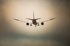 En vuelo. (saparmo) Tags: segundo spotting vuelo fly avión airplane plane madrid barajas