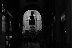 _I5U7712 (carlo612001) Tags: milano duomo monochrome bw bnw city italia italy