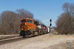 Colorful Consist (Russell_Honey) Tags: ge emd bnsf es44c4 springfield missouri cherokeesub railfan railroadphotography