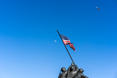 Marine Corp Memorial (edwarddwood) Tags: washingtondc marinecorpmemorial rosslyn arlingtoncounty moon
