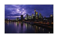 Frankfurt am Main - 2 (PnBo) Tags: frankfurtammain francfort sigma sigmasdquattro sigmaprophoto allemagne deutschland germany soir sunset rhin rhein skyline city building