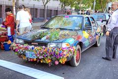 Fruit & Vegmobile (Non Paratus) Tags: 41st doodahparade parade 2018 pasadena people car art