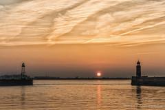 Geeste fire (Friedels Foto Freuden) Tags: canond80 bremerhaven geestemündung molen sonnenuntergang sunset wolken clouds goldenestunde
