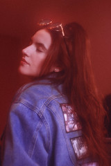 Letícia, 2019 (TheJennire) Tags: photography fotografia foto photo canon camera camara colours colores cores light luz young tumblr indie teen adolescentcontent longhair dreamy ethereal fashion 90s retro jacket jeans sunglasses people portrait pinkfilter 2019 toronto canada