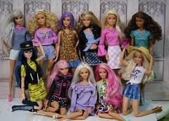 Spring 2019 group shot (Annette29aag) Tags: barbie fashionista group doll photography fashion