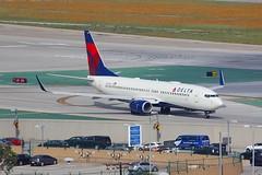B737 N3743H Los Angeles 22.03.19 (jonf45 - 5 million views -Thank you) Tags: airliner civil aircraft jet plane flight aviation lax los angeles international airport klax delta air lines boeing 737 n3743h
