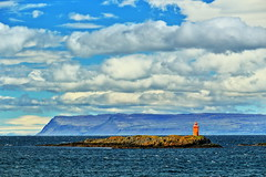 Oggi, voglio andare al mare (F@bio F.) Tags: islanda faro scogli isola fiordi panorama paesaggio vista mare oceano acqua cielo nuvole onde blu viaggio estate iceland island lighthouse rocks sea ocean blue waves sky clouds landscape landscapes seascape travel summer canon foto photo