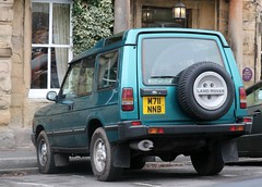 M711 NNB (Nivek.Old.Gold) Tags: 1994 land rover discovery tdi 3door 2495cc hollingdrake stockport williams manchester