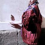 Napoli fashion on the road -Ushabti egizio - ph iPhotox
