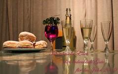 I wish you a happy new year ... (Lure vom See) Tags: happynewyear postkarte gutewünsche sekt flasche glas gläser