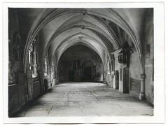 . (Kaïopai°) Tags: vintage old damals früher historisch historic regensburg monastery kloster klostergang gewölbe kreuzgang grabplatte grabstein