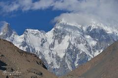 Sommet proche du pic et du glacier de Passu, le matin © Bernard Grua (Photos de voyages, d'expéditions et de reportages) Tags: glacier karakoram montagne hunza gojal bernardgrua passu gilgitbaltistan pakistan