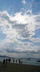 2019-02-16_15-22-45_ILCE-6500_DSC08527_DxO (miguel.discart) Tags: 2019 27mm beach createdbydxo dxo e18135mmf3556oss editedphoto focallength27mm focallengthin35mmformat27mm golfedethailande holiday ilce6500 iso100 meteo pattaya plage sony sonyilce6500 sonyilce6500e18135mmf3556oss thailand thailande travel vacances voyage weather