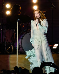 Florence and the Machine 12/09/2018 #3 (jus10h) Tags: florence welch themachine florenceandthemachine theforum forum inglewood losangeles california live music concert festival fest kroq almost acoustic christmas sunday december 9 2018 justinhiguchi sony dscrx10 dscrx10m3
