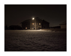 12987009172465891738612 (Melissen-Ghost) Tags: night hawks photography snow winter fog haze grain color 6x7 frame nachtfotografie nocturnal germany