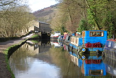 Rochdale Canal @ Hebden Bridge (Halliwell_Michael ## Offline mostlyl ##) Tags: calderdale rochdalecanal westyorkshire nikond40x 2019 hebdenbridge trees towpath narrowboats reflections reflection landscapes water hills reflectionslovers