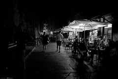 Voyage en Italie 2018   0881 (Distagon12) Tags: italy italia italie sonya7rii summilux street streetphoto strada rue night nuit nightphoto nacht notte noche wideaperture bologna bologne