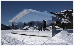 Mirage Gstaad  - Doug Aitken (Aeschbacher Hilde) Tags: 150219 pentaxart pentaxk1 spiegelhaus mirage gstaad dougaitken berneroberland schweiz winter kunstobjekt