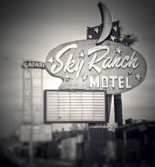 Sky Ranch Sign (podolux) Tags: 2019 april2019 sony sonya7 a7 sonyilce7 ilce7 blancoynegro blackandwhite bw monochrome duotone lasvegas nevada nv postprocessing snapseed motelsign vintagesign roadtrip clarkcounty skyranch skyranchmotel