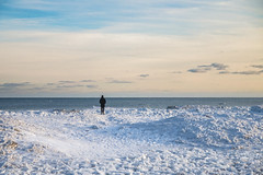 Taking in the icebergs from Woodbine Beach, Toronto (A Great Capture) Tags: agreatcapture agc wwwagreatcapturecom adjm ash2276 ashleylduffus ald mobilejay jamesmitchell torontoexplore toronto on ontario canada canadian photographer northamerica winter l'hiver 2019 beach lakeontario lake snow ice view landscape cold weather eos digital dslr lens canon 70d natur nature naturaleza natura naturephotography naturethroughthelens sigma 1750mm scenery scenic sky himmel ciel bluesky waterscape wet water agua eau neige schnee frozen freeze person perspective