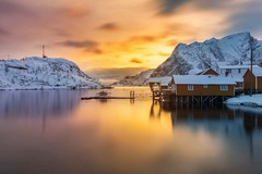 Mauro Amoroso © (Mauro_Amoroso) Tags: landscape mauroamorosoadventures norvegia norway nikon nikonitalia natgeo natgeotravel natgeocreative sea artic nord explore exploring sunrise pink sunset mirrorink lake nital mirroring snow rain adventures blue house yellow sakrisøy mirror
