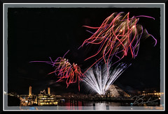 Fireworks_9143 (bjarne.winkler) Tags: 2018 new year fireworks over sacramento river california tower bridge pyramid building delta king