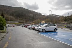 70 plazas de aparcamiento en la zona del antiguo peaje de la autopista.