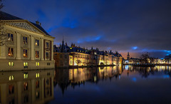 Mauritshuis @ The Hague 2019 (zilverbat.) Tags: denhaag longexposure longexposurenetherlands pin mauritshuis hotspot wallpaper waterfront world timelife longexposurewater longexposurebynight nightshot nightphotography nightlights hofstad holland thenetherlands thehague travel tripadvisor town tour tourism visit lenight museum architecture buildings canon zilverbat ngc history rutte urban urbanvibes dutchholland dutch reflections reflectie lahaya government overheid bestuur hofvijver gemeente courtpond binnenhof dutchhousesofparliament