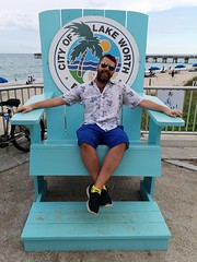 Lake Worth Beach King (Toni Kaarttinen) Tags: usa unitedstates florida wpb america lakeworth lw palmbeachcounty man guy beard bear selfie hairy scruff beach lakeworthbeach pier lakeworthpier