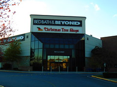 Christmas Tree Shop/Bed Bath & Beyond (Crystal Mall, Waterford, Connecticut) (jjbers) Tags: crystal mall waterford connecticut christmas tree shops bed bath beyond former filenes