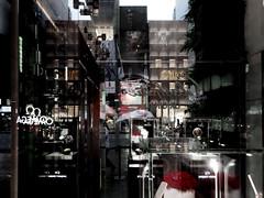 今日の東京 (sunuq) Tags: canon powershotn tokyo japan ginza 日本 銀座 風景 街並 雨 rain 傘