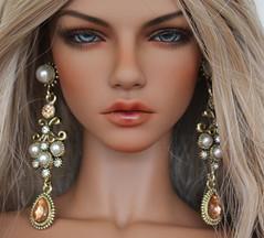 Peach earrings (Dweller on the fringe of heaven) Tags: iplehouse elle sartoriaj