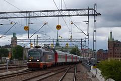 Hectorrail 141 002 + Veolia trein 7140 Malmö C - Stockholm C  - Stockholm C (Rene_Potsdam) Tags: skandinavien sverige sweden hectorrail stockholm europa europe railroad treinen trains trenes züge