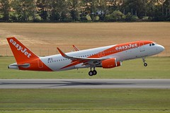easyJet Europe OE-IZL Airbus A320-214 Sharklets cn/6927 @ LOWW / VIE 22-06-2018 (Nabil Molinari Photography) Tags: easyjet europe oeizl airbus a320214 sharklets cn6927 loww vie 22062018