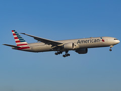 American Airlines | Boeing 777-323(ER) | N732AN (MTV Aviation Photography) Tags: american airlines boeing 777323er n732an americanairlines boeing777323er aa londonheathrow heathrow lhr egll canon canon7d canon7dmkii