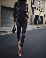 Всегда будь на высоте. www.goodlookstore.com #goodlookstore #аксессуары #одежда #обувь #стиль #мода #модно #настиле #лук #будьнавысоте #навысоте #тренд #тренды (goodlook man) Tags: goodlookstore аксессуары одежда обувь стиль мода модно настиле лук будьнавысоте навысоте тренд тренды