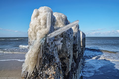 Sylt Impressionen - Buhne mit Eiskruste (März 2018) (J.Weyerhäuser) Tags: buhnen eis kampen schnee sylt strand ostwind kälte ebbe flut meer brandung beton eiskruste