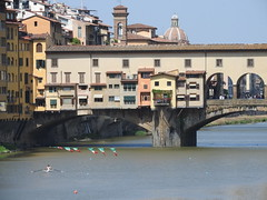 Rowing practice (Couldn't Call It Unexpected) Tags: pontevecchio florence rowing river arnoriver italy