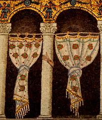 Ravenna - Sant'Apollinare Nuovo 4 (antonella galardi) Tags: emilia romagna ravenna 2018 natale mosaici paleocristiano bizantino santapollinarenuovo chiesa