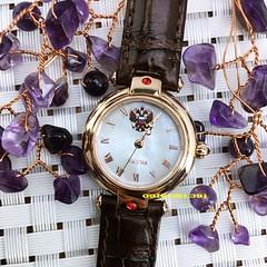 Đồng hồ nga Với phần vỏ sử dụng chất liệu thép cao cấp mạ vàng PVD cức bền màu, mẫu đồng hồ dạng Oval độc đáo. Bộ máy bên trong đồng hồ được đưa vào máy cơ tự động MIYOTA( Nhật Bản). Dây đồng hồ được thiết kế sử dụng chất liệu dây da cá sấu cao cấp cùng v (hoangcuongnokia8800) Tags: ifttt instagram