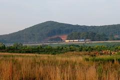 K606-28 at CP River (travisnewman100) Tags: csx train railroad freight unit ethanol rr emd sd402 sd403 wa subdivision atlanta division cartersville river holdout control point k606 leaser cefx
