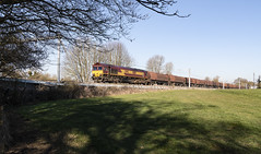 Sunshine, Shade and Shed (powern56) Tags: wiltshire littletondrew class66 66116 dbcargo 6b52 freighttrain railway