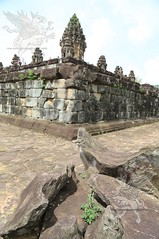 Angkor_Bakong_2014_13