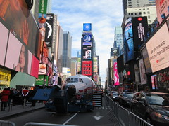 2019 Celebration of Retro TWA Hotel - Wingless Plane Times Square 4519 (Brechtbug) Tags: 2019 celebration retro twa hotel brooklyn wingless 1958 lockheed constellation connie l1649a starliner airplane visits times square before heading trans world airlines new yorks john f kennedy international airport known york anderson field commonly idlewild city march 23rd nyc 02232019