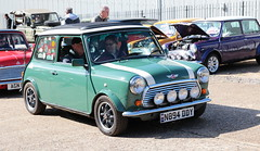 1996 Rover Mini Cooper N894DDY Brooklands Mini Day March 2019 (davidseall) Tags: 1996 rover mini cooper car n894ddy classic green original old shape style great british brooklands day march 2019 weybridge surrey uk