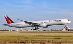 RP-C7775 - Boeing 777-3F6ER - LHR (Seán Noel O'Connell) Tags: philippineairlines rpc7775 boeing 7773f6er b777 b77w 777 heathrowairport heathrow lhr egll 27r mnl rpll pr720 pal720 aviation avgeek aviationphotography planespotting